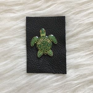 '90s / Costa Rica Turtle Pin